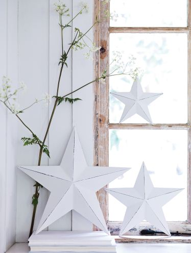 Guesso wooden stars from Cox & Cox