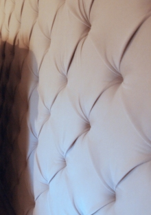 Button upholstery